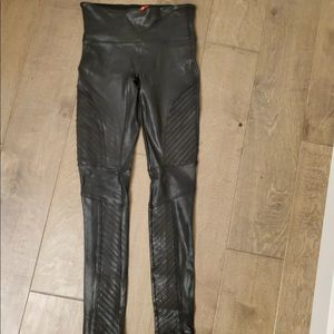 Spanx Faux Leather Moto Leggings - size Large